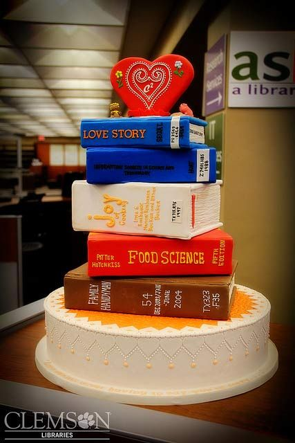 Stupendous Wedding Cake With Book Design It Also Looks As Though The Personalised Birthday Cards Xaembasilily Jamesorg