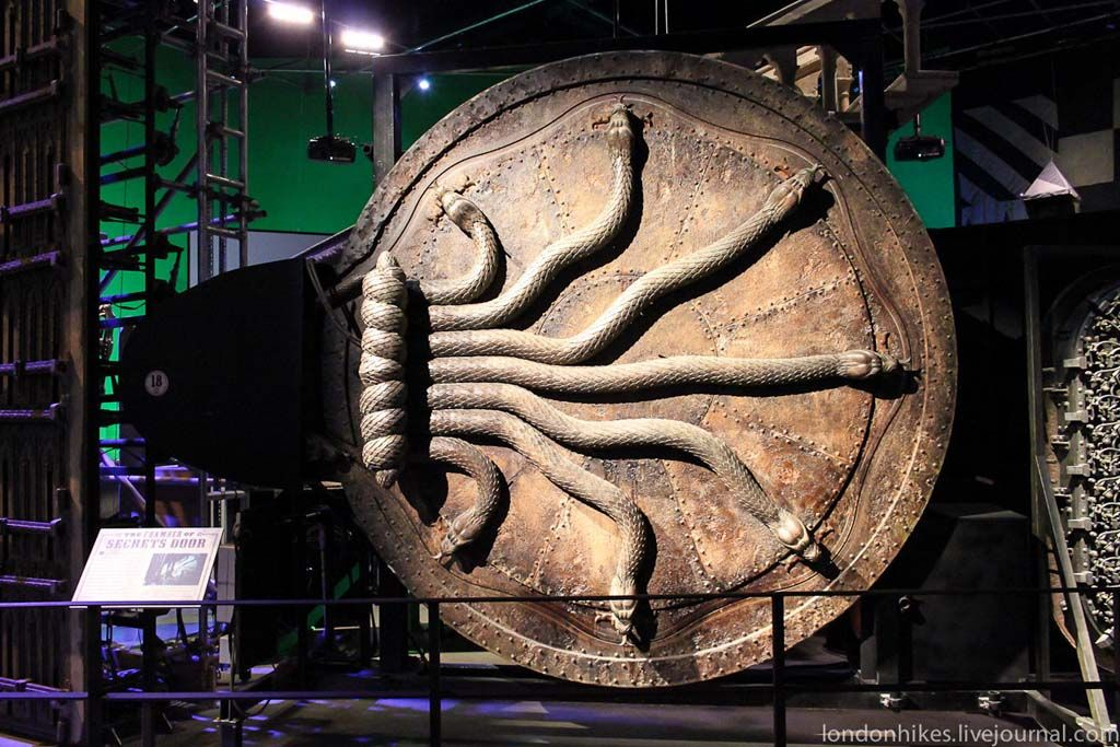 Harry Potter Museum In London Who Designed It Harry Potter Museum Harry Potter London Harry Potter Halloween Party