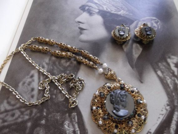 Vintage 1950s Necklace Clip On Earrings by GoodGoodyGirlsJewels, $58.00