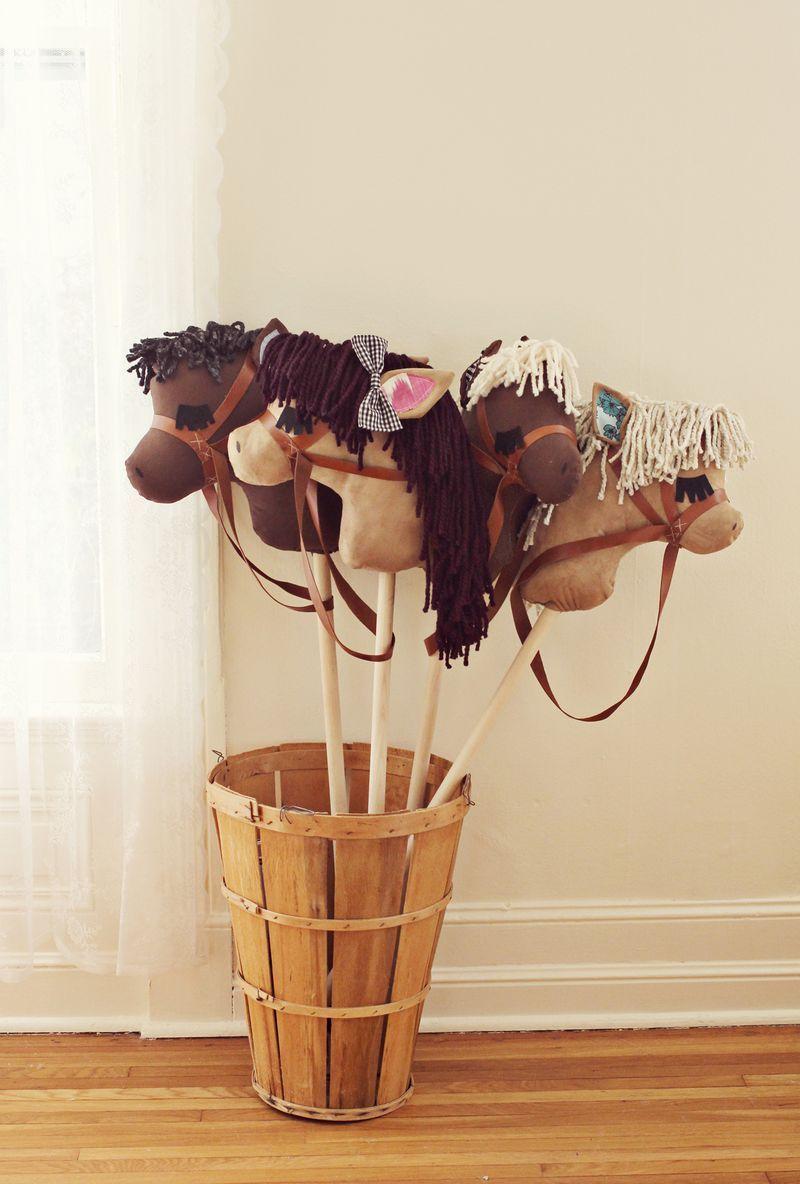 gift idea: diy stick horses | styropor | pinterest | basteln