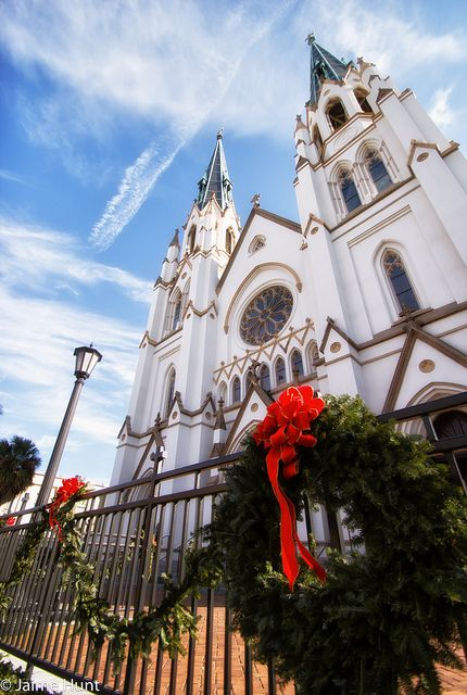 Christmas In Savannah Georgia 2019.Savannah Georgia Churchs Cathedrals In 2019 Savannah