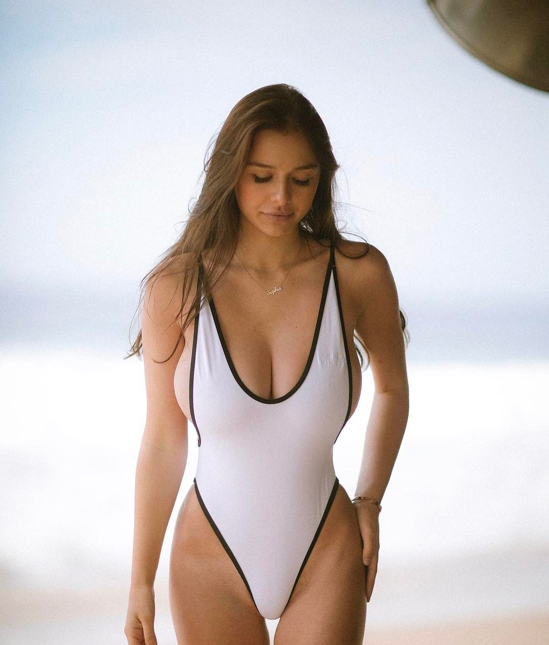 Bikini Sophie Mudd  nude (85 pics), Twitter, cleavage