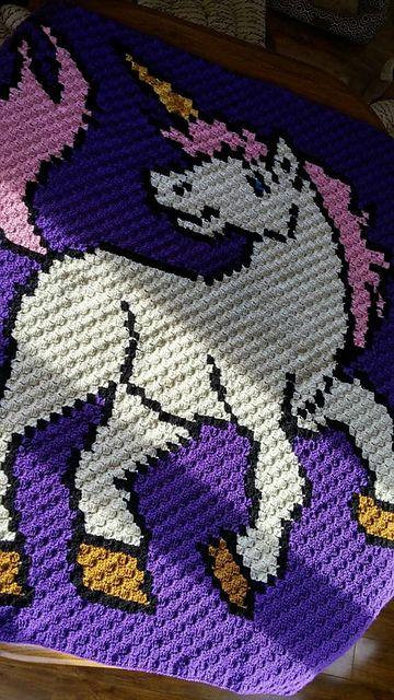 Unicorn afghan pattern by crochet couch h keln c2c for Decken streichen leicht gemacht