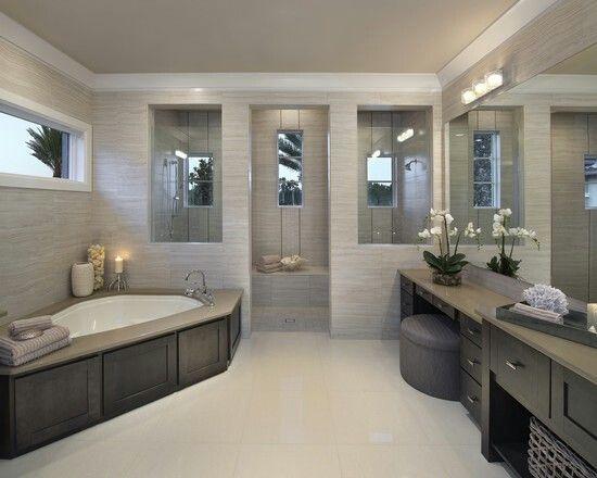 Houzz Bathtub Surround Area And Bathtub In The Corner Doors As