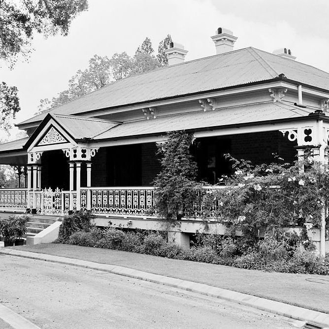 INDOOROOPILLY HERITAGE TRAIL (buildings Not Included In