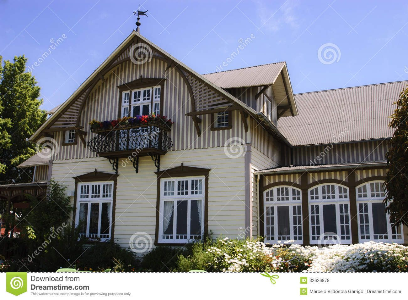 Traditional German Houses | Traditional German Architecture German architecture house