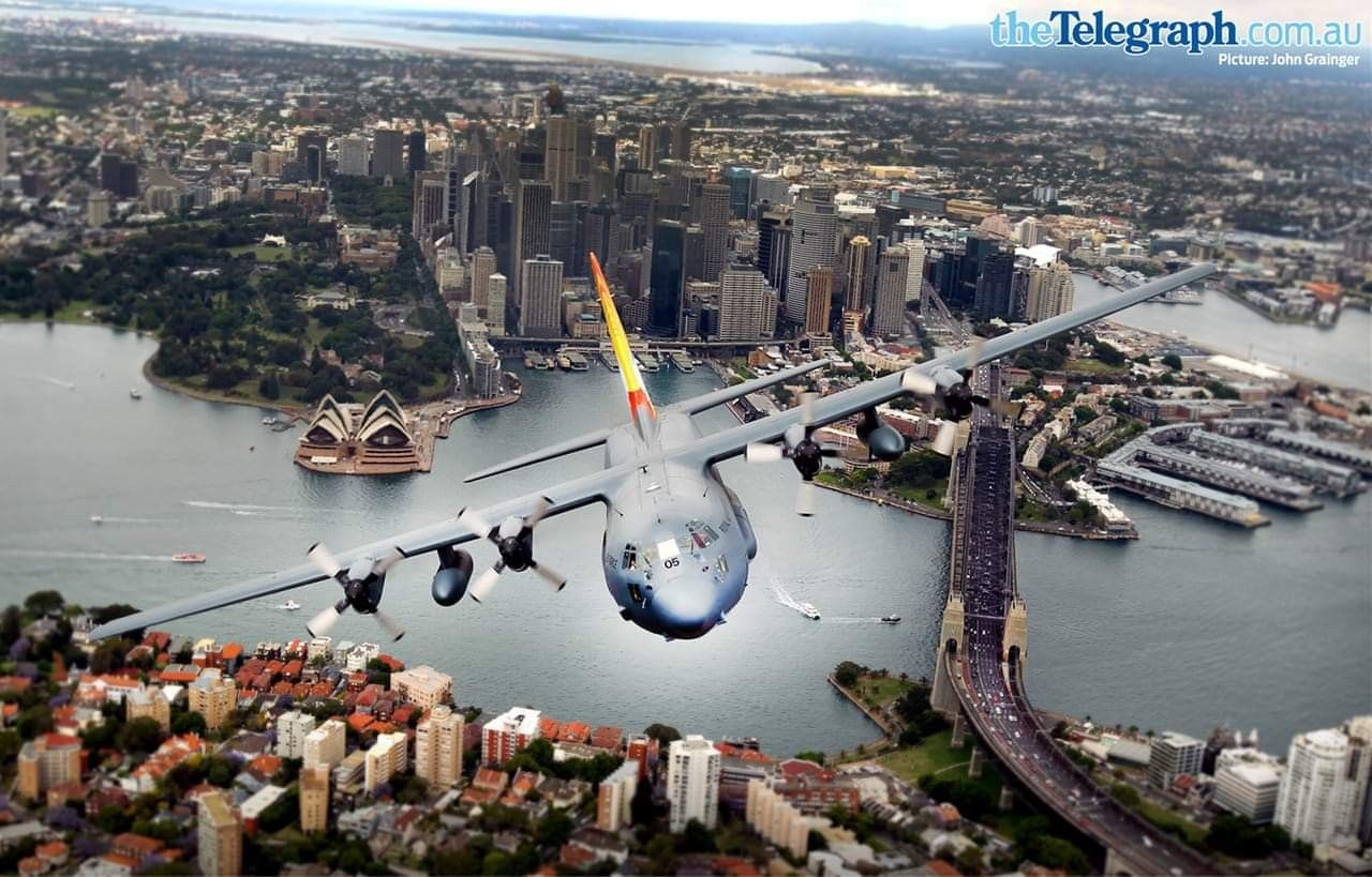 RAAF C130 Hercules (With images) See photo, Photo