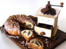 My tiny world: Dollhouse miniatures: Coffee cake