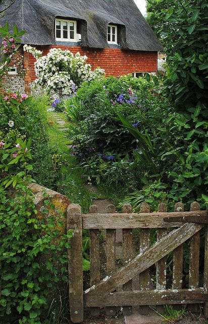 Alciston Cottage by Mark Wordy on Flickr