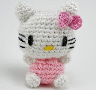 Random assortment: Hello Kitty amigurumi for a friend