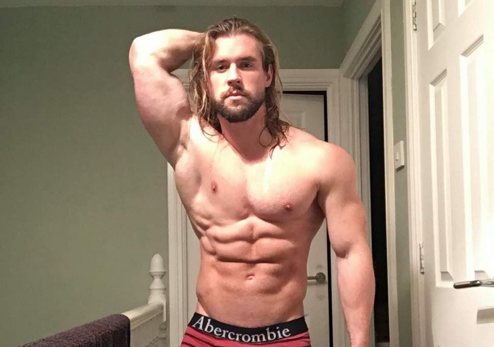 Men With Blue Eyes And Muscular Google Search Long Hair Styles