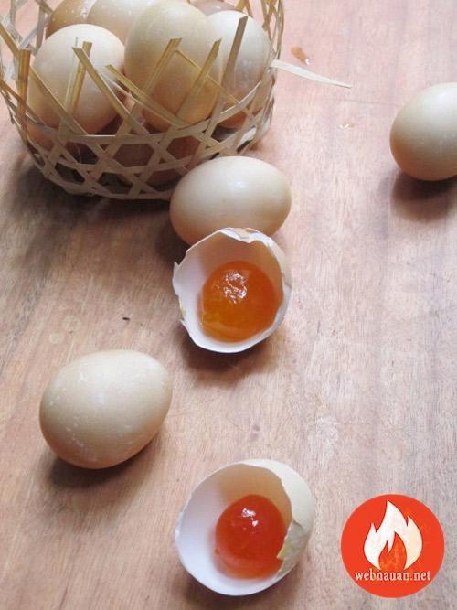 Hướng Dẫn Cách Làm Trứng Muối Ngon Hấp Dẫn