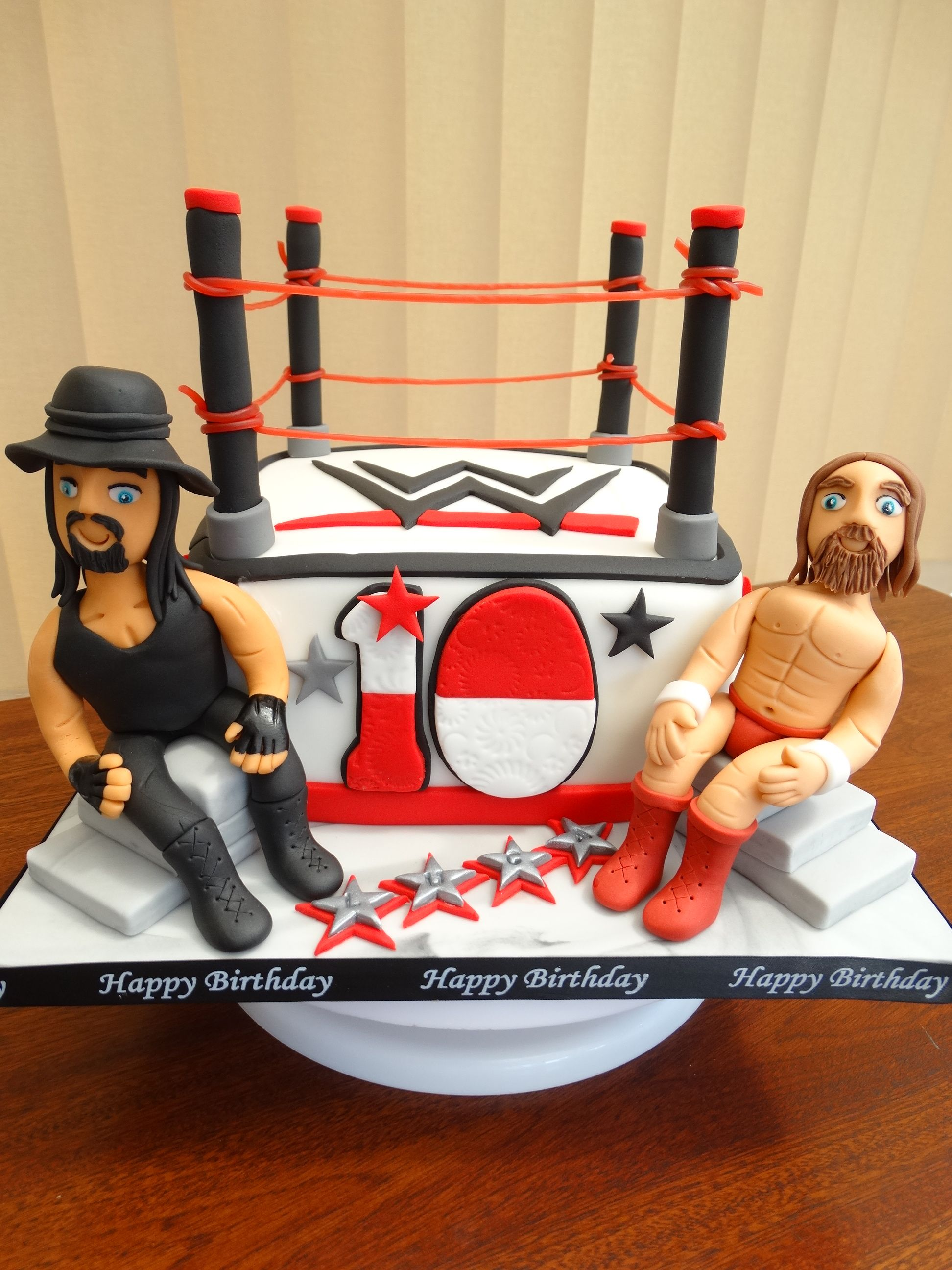 Wwe Cake With The Undertaker And Daniel Bryan Wrestlers D Xmcx