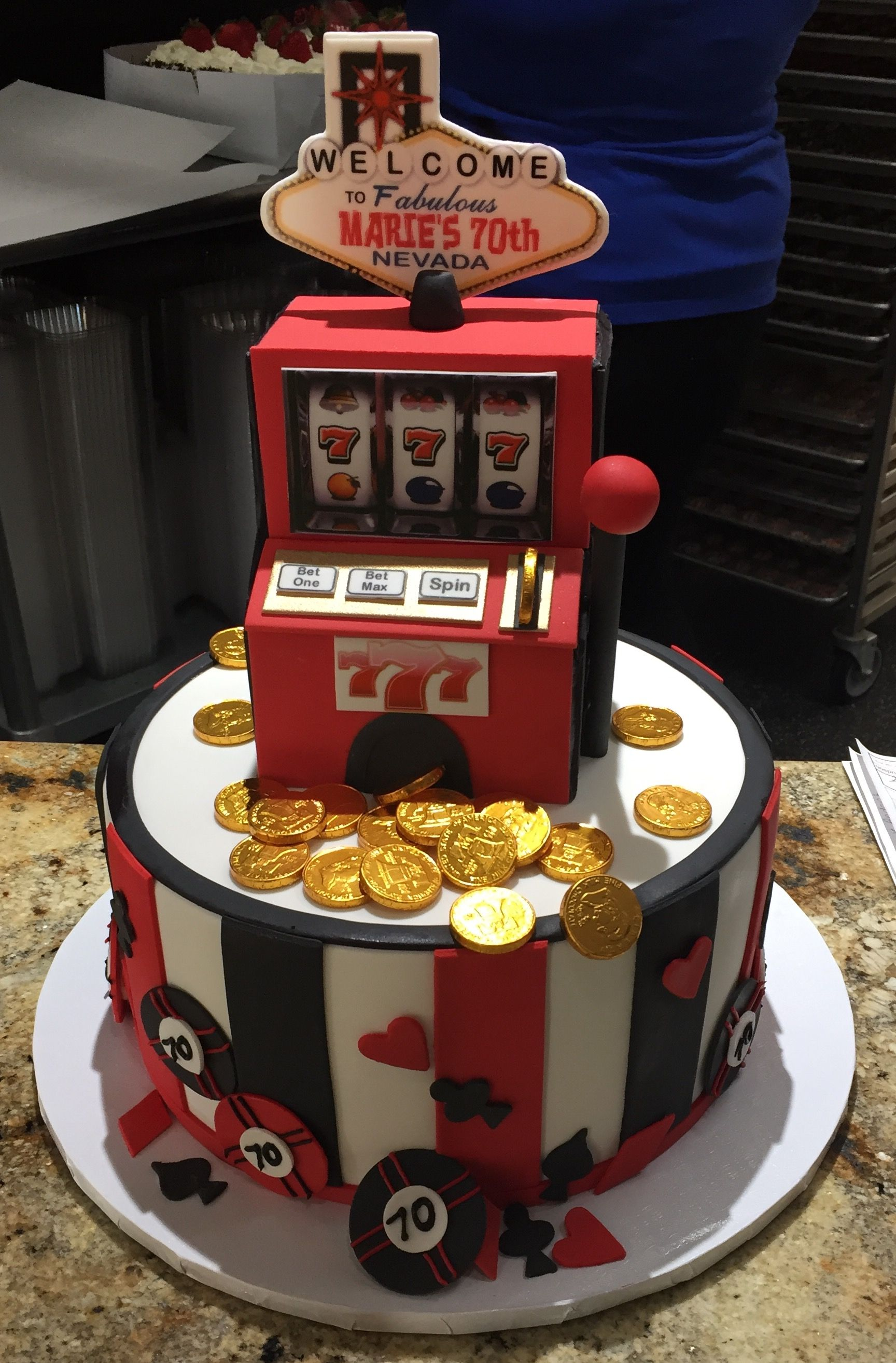 Amazing Slot Machine Birthday Cake From Freed S Bakery In