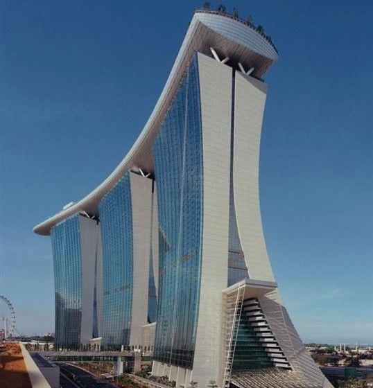 Marina Sands Hotel di Singapore