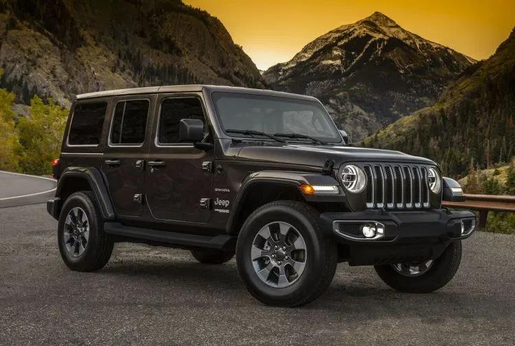 The 2020 Jeep Wrangler Jt Pickup Specifications Review Jeep Wrangler Interior Jeep Wrangler Jeep Wrangler Sahara