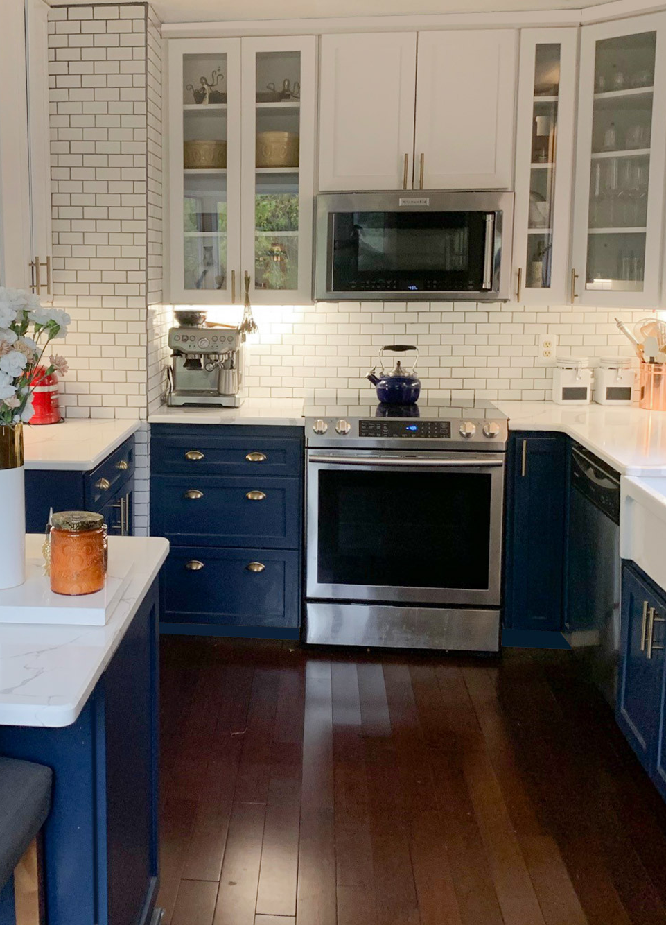 Transitional White And Navy Kitchen Remodel Shaker Style Cabinets Kitchen Design