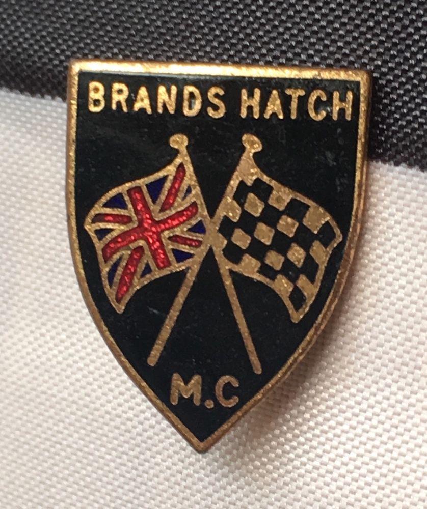 Brands Hatch enamel lapel badge