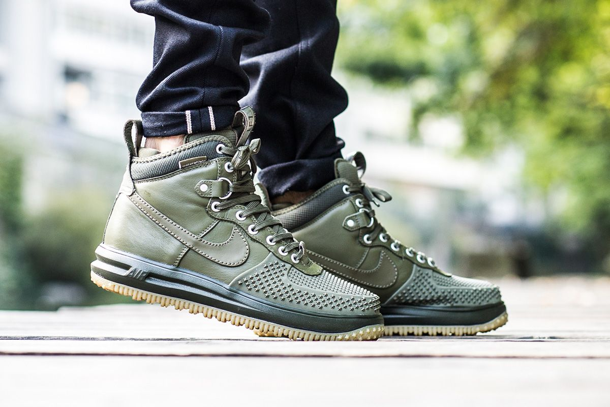 Medium Olive Covers The Latest Nike Lunar Force 1 Duckboot
