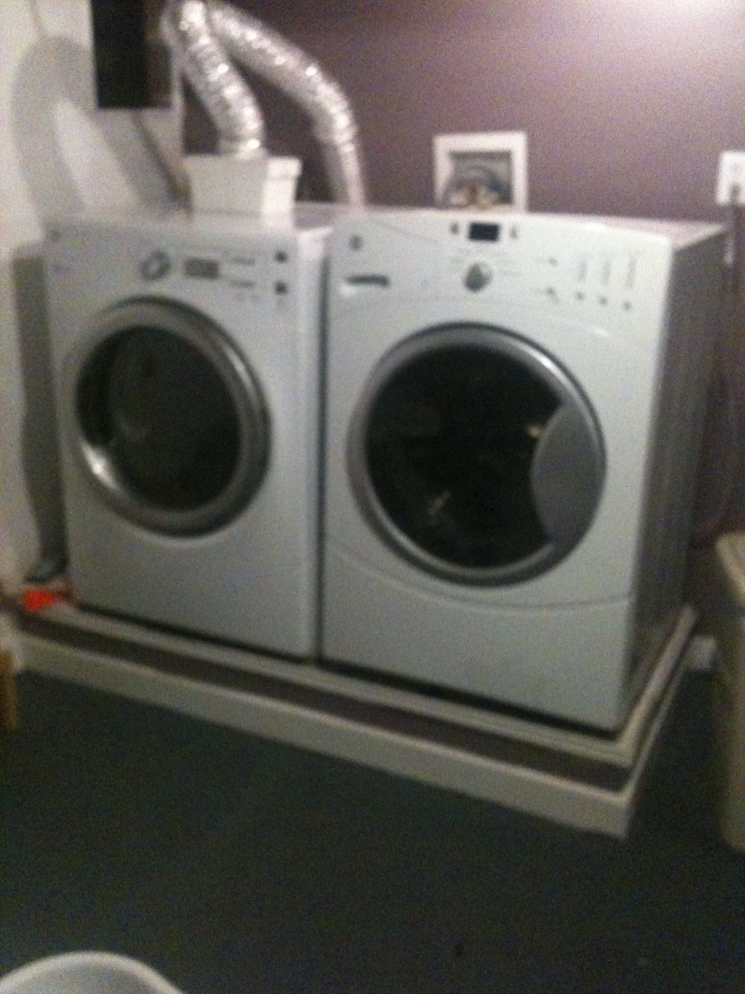 Diy Laundry Pedestal Use Cinder Blocks To Add Height To Washer And Dryer Then Add Wood Trim And Paint Washer And Dryer Diy Laundry Basement Inspiration