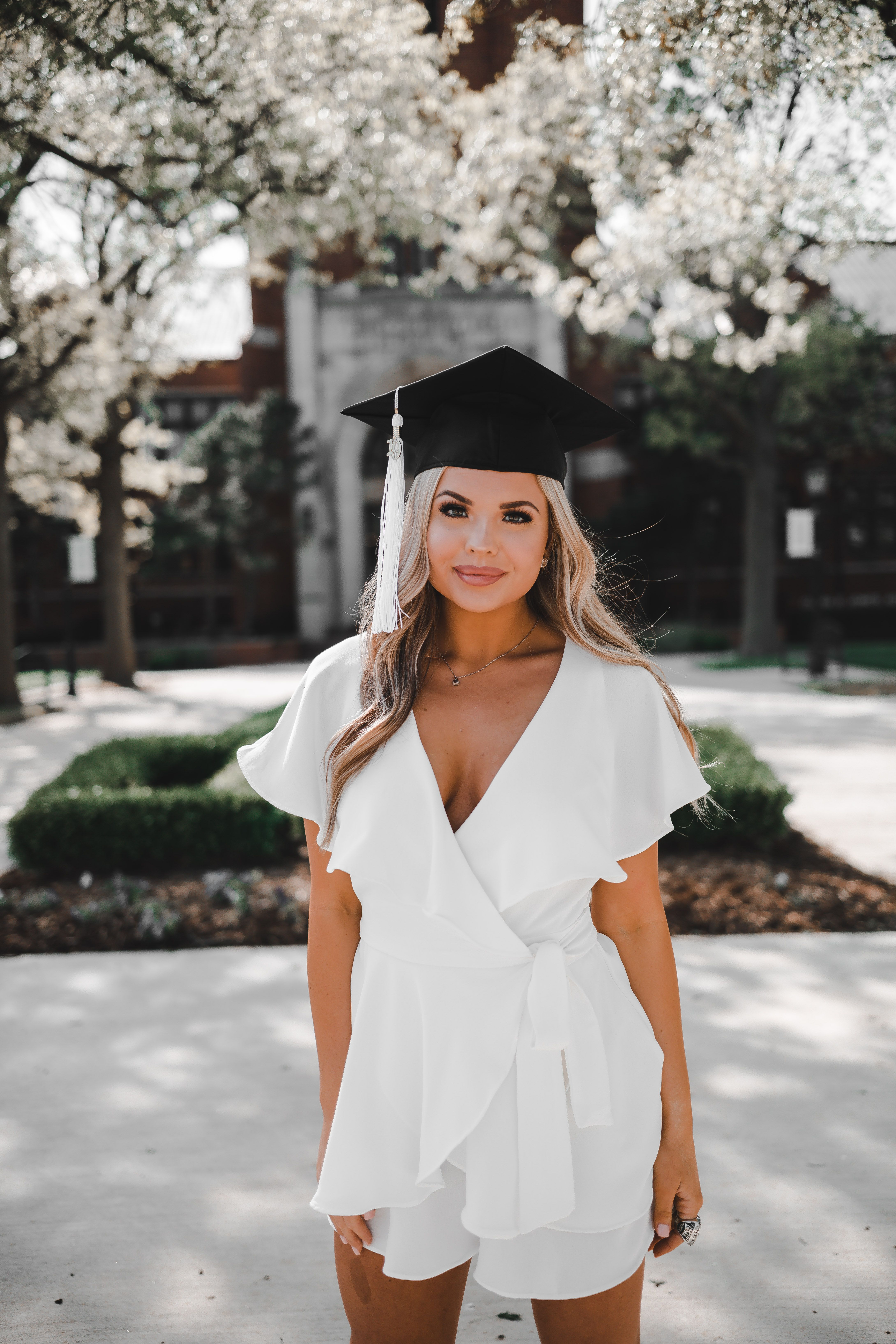 13 senior dress Graduation ideas