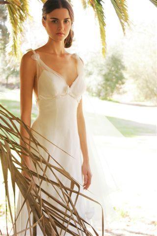 Eco-Friendly Wedding Dresses #TheGreenGirls.com | Eco Wedding ...
