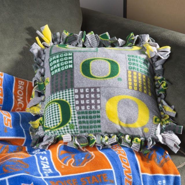 No Sew Fleece Pillow - Craft Warehouse & No Sew Fleece Pillow @craftsavy #craftwarehouse #fleece #fabric ... pillowsntoast.com