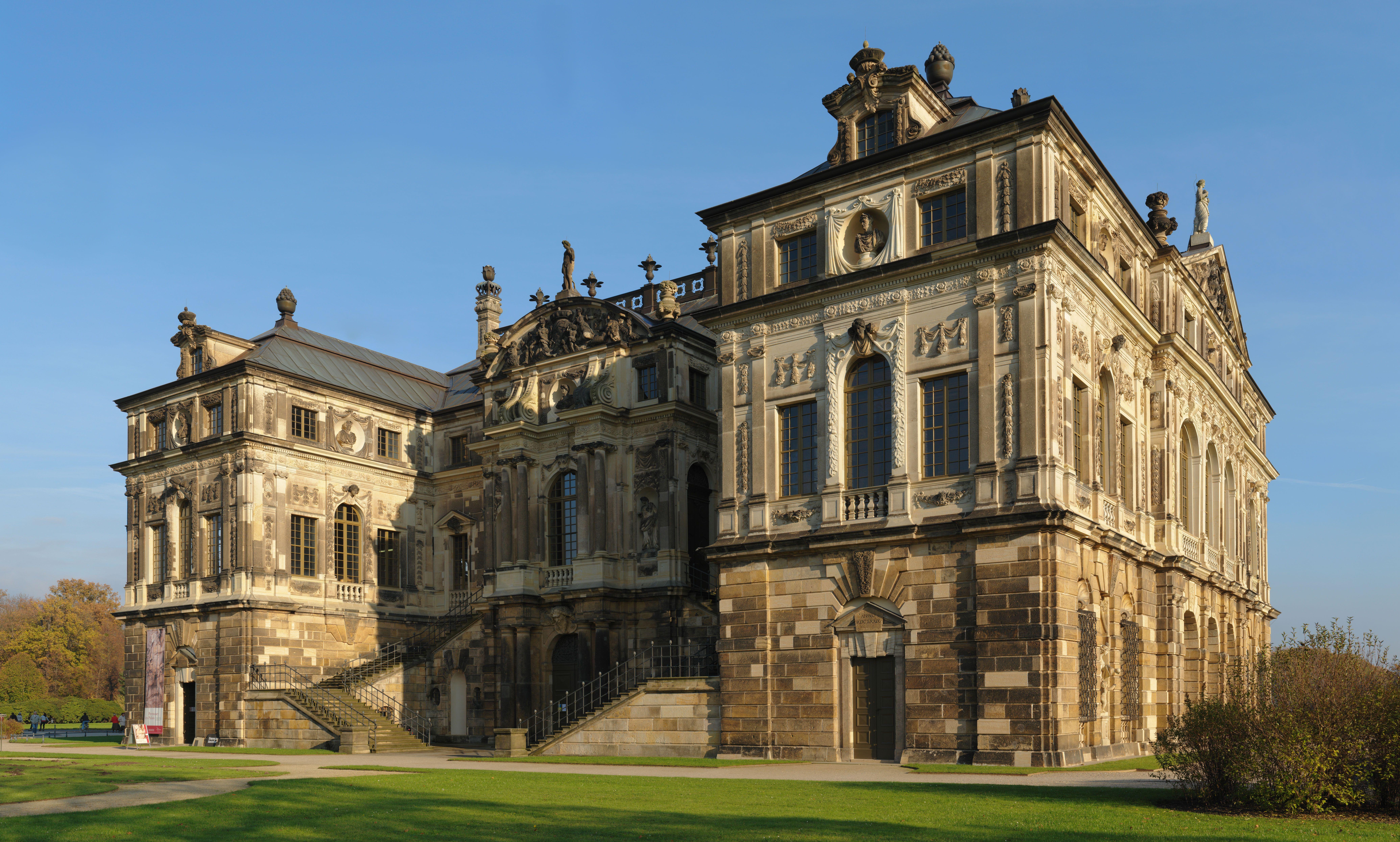 Dresden Palais Grosser Gart Jpg 8283 4980 German Architecture Mansions Castle