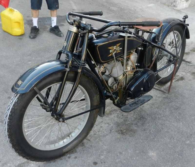Geekbobber Ran When Parked Excelsior Motorcycle Henderson Motorcycle Motorcycle