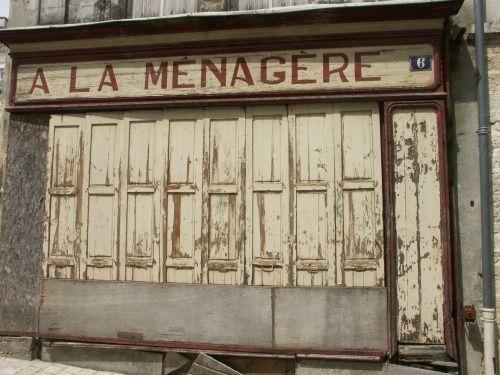 Au Petit Commerce Avec Images Petits Commerces Facade