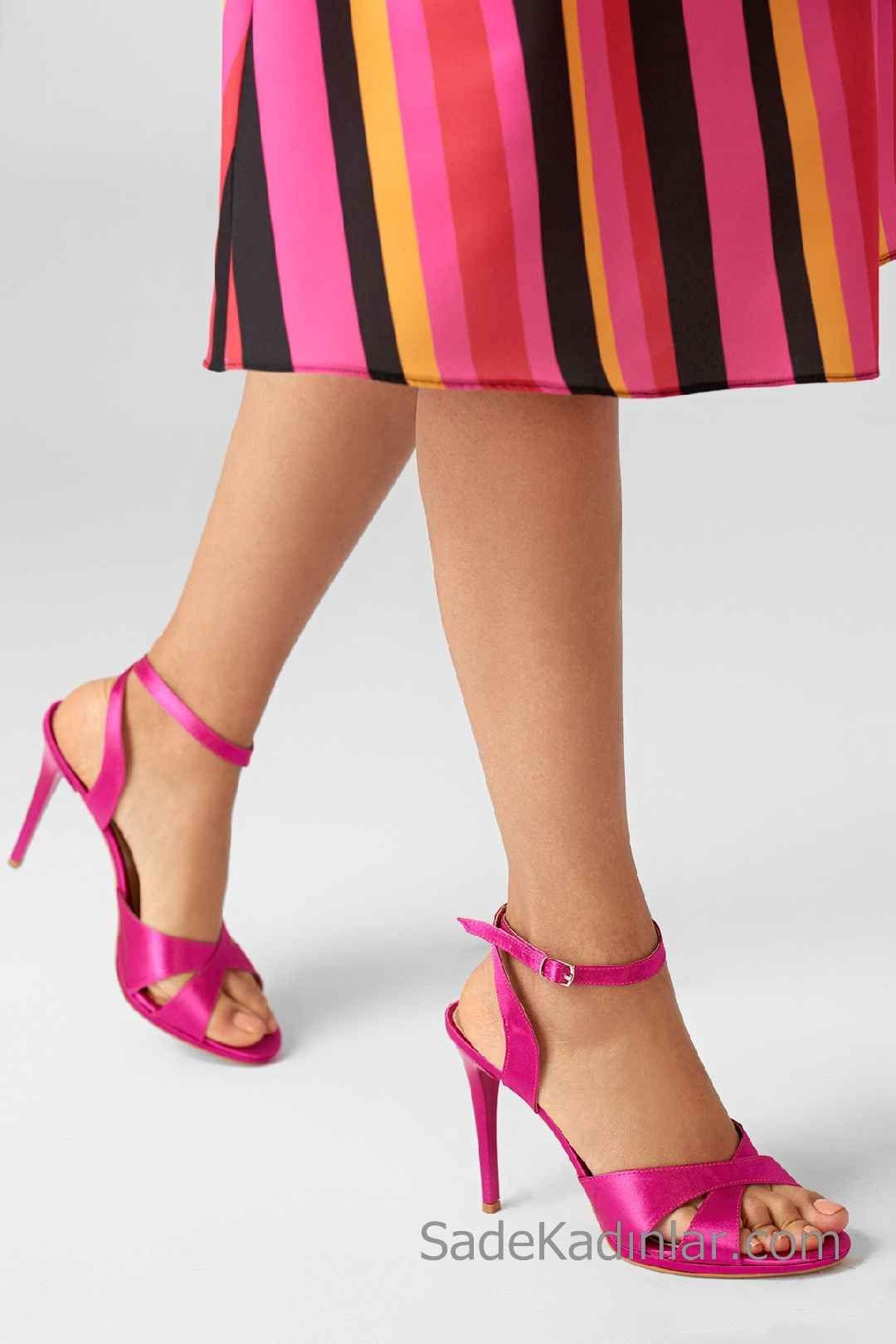 Ince Topuklu Ayakkabi Modelleri Fusya Capraz Bantli Tokali Topuklular Topuklu Ayakkabilar Topuklu Sandalet