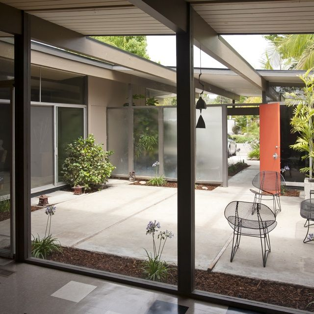 Eichler homes. How I would love to have an atrium again ...