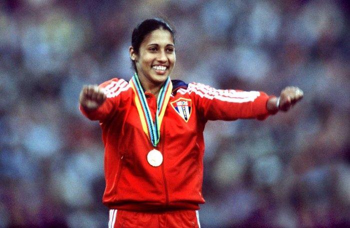 Maria Carided Colon | Hoy recordamos con orgullo a María Caridad Colón, que es también un ... OS guld spjut 1980 Moskva.
