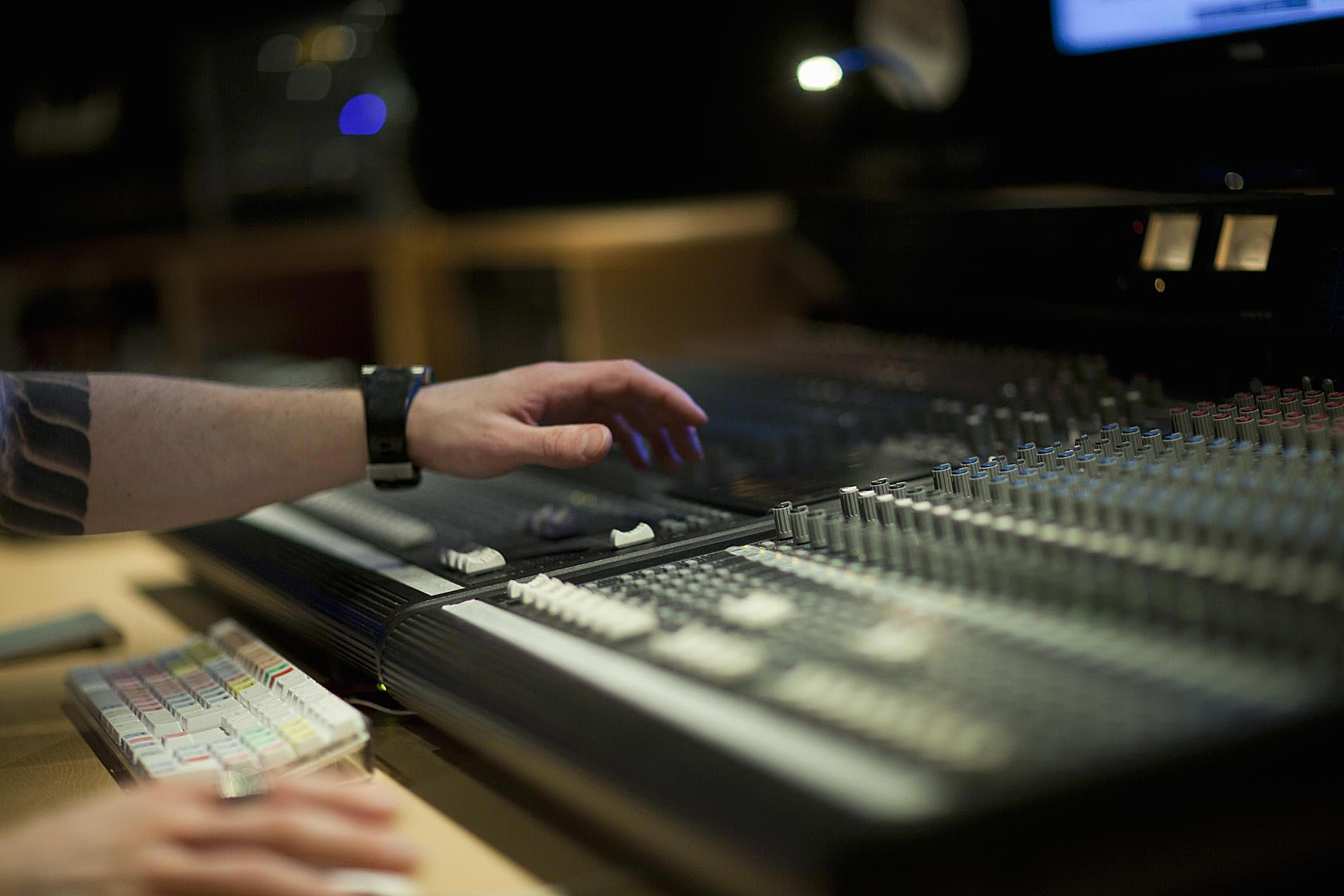 Audio Engineer Job Description Salary, Skills, & More