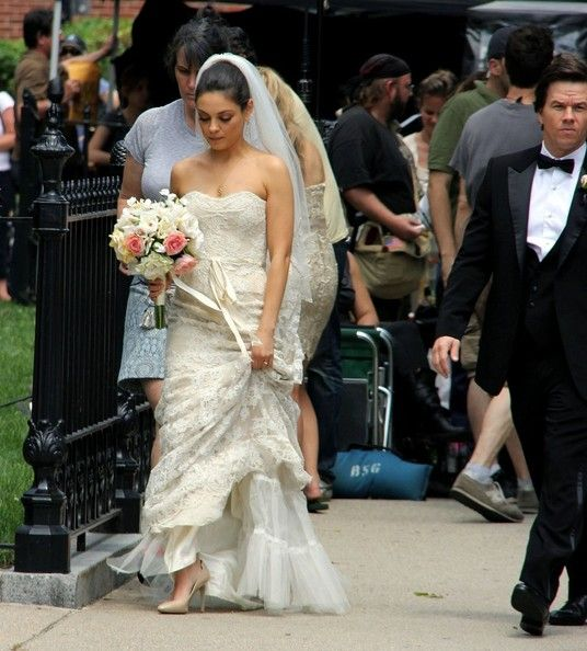 Mila Kunis Photos Photos Mila Kunis And Mark Wahlberg Film A Wedding Scene Wedding Dresses Petite Wedding Dress Wedding Gowns