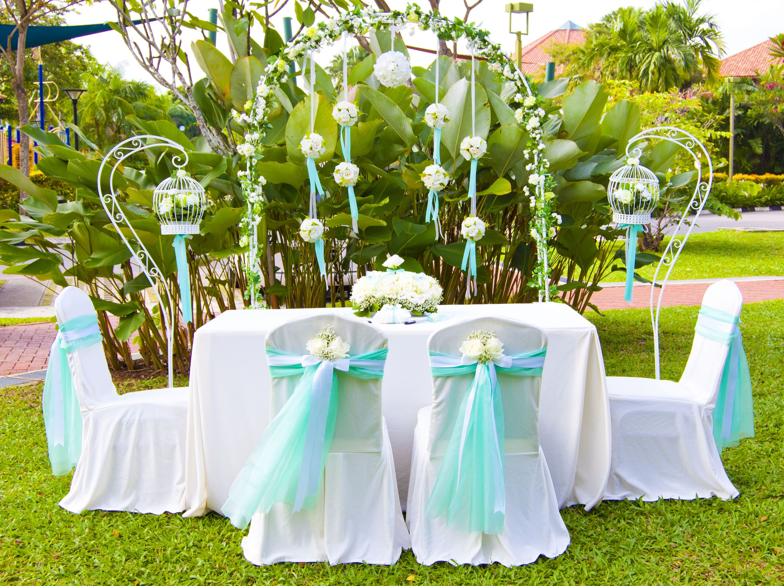 Long awaited Tiffany Blue designer theme is launched