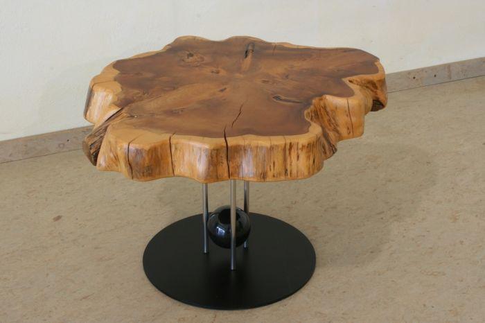 tisch aus baumscheibe baumscheiben pinterest baumscheiben tisch und holzscheiben. Black Bedroom Furniture Sets. Home Design Ideas