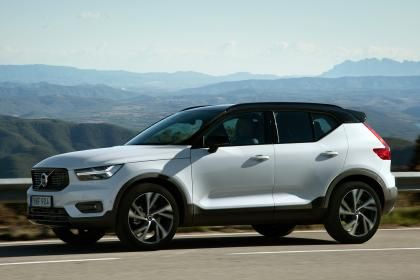 New Volvo XC40 SUV 2017 review Autoexpress Pinterest