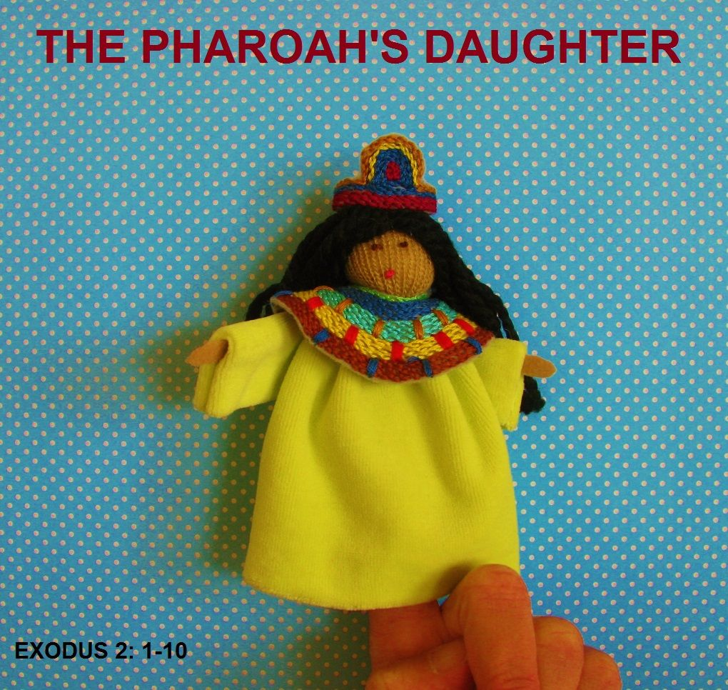 The Pharoah's daughter---her capelet is embroidered in chain stitch as is her headpiece. madonnasofmexico.com