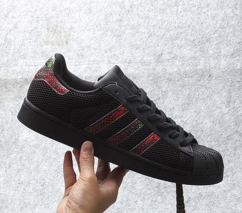 online store 8dfc0 e2d4f Adidas Superstar Black Color