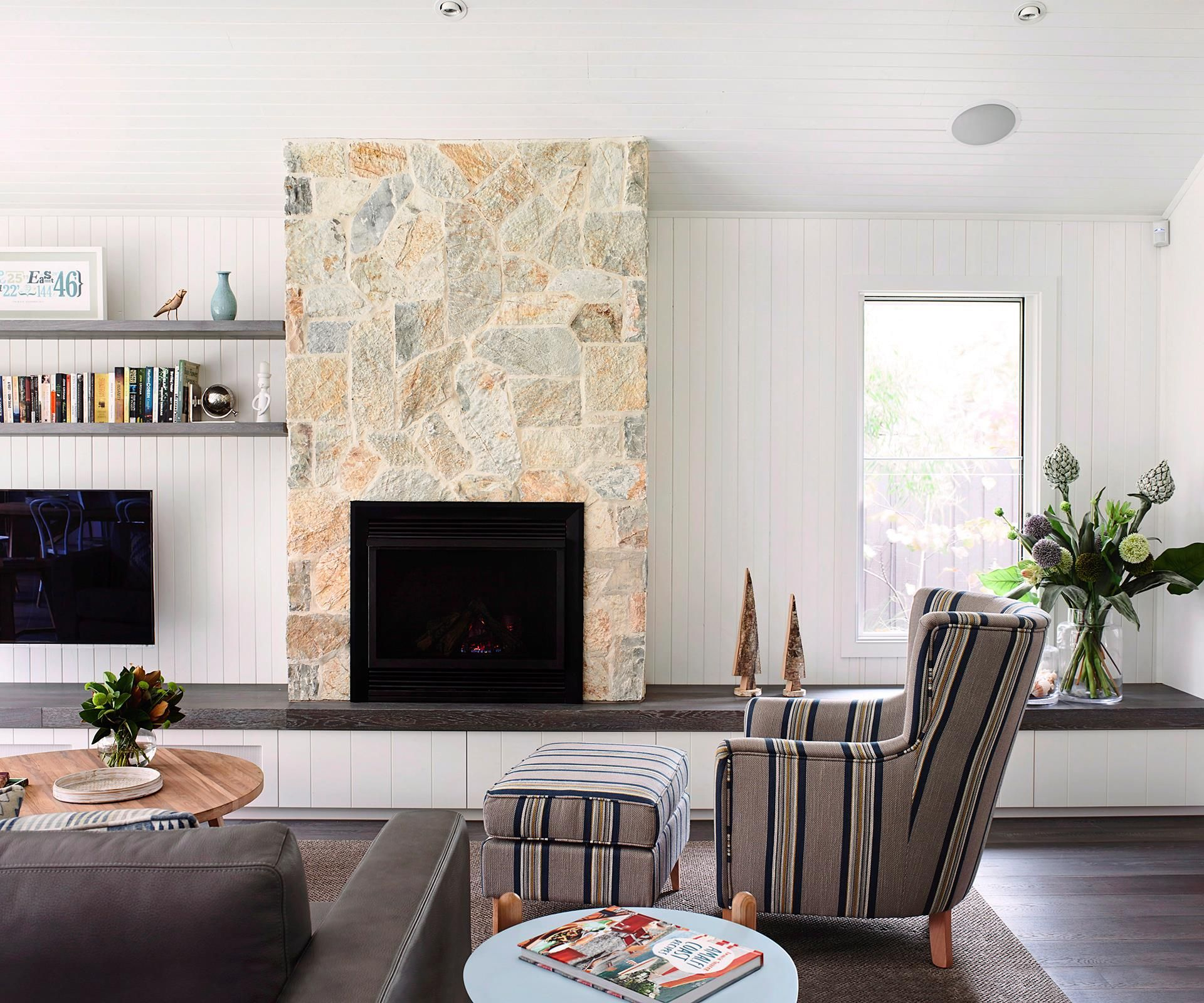 How To Layout A Small Living Room Small Living Room Small Living Room Layout Furniture Layout