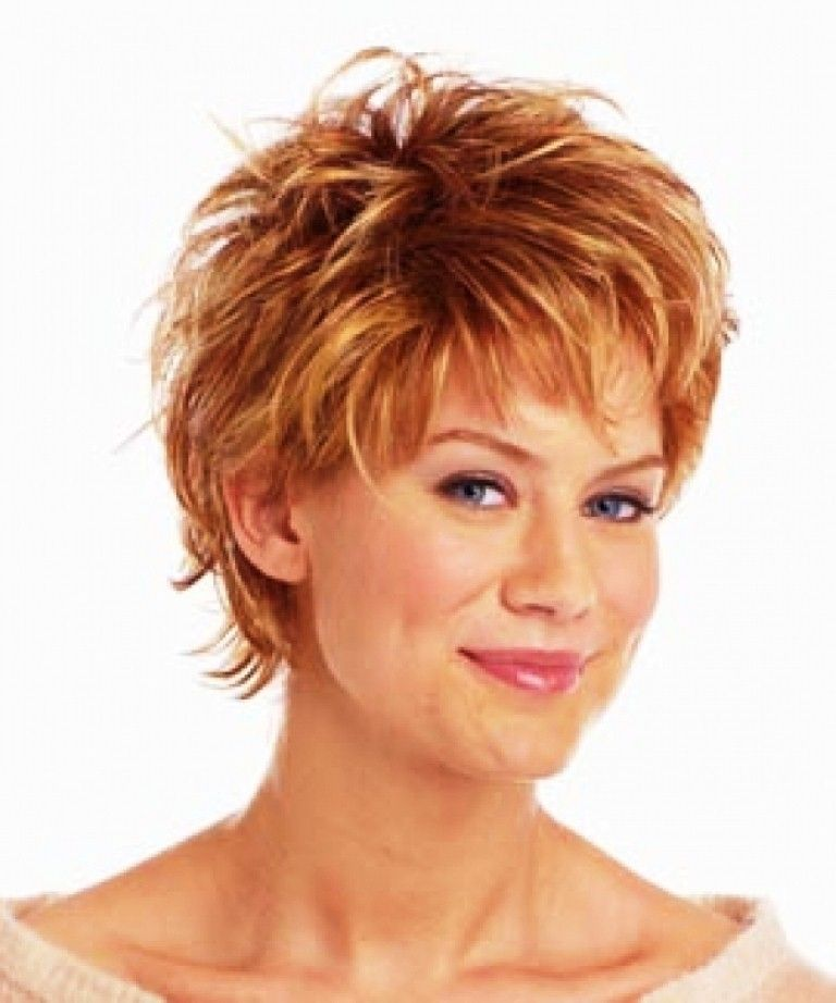 Short Hairstyle For Curly Hair Works With Any Hair Color Copper Tones Hair Coloring And Highlights Shaggy Short Hair Short Shag Hairstyles Womens Hairstyles