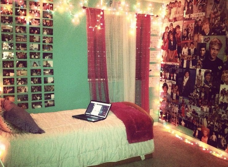 love this room minus all the one direction shiz i want to paint my room this color and fill a whole with pictures of friendsfamilystuff i love - Teenage Room Ideas Tumblr