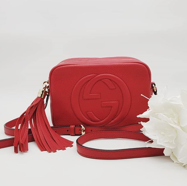 07a70a8fc4e7 Preloved Gucci Soho Disco Shoulder Bag Red Calf Leather Permabrass Hardware  measuring 21cm