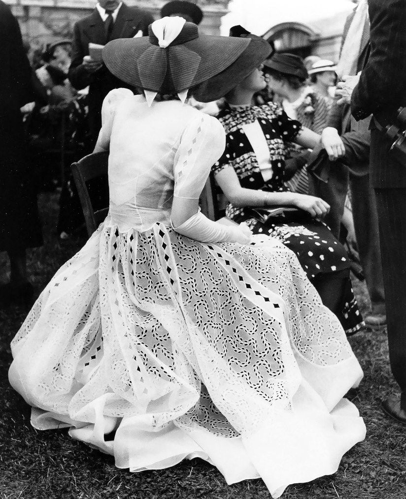 At the races ~ by Regina Relang, 1938-39. #1930s #hats #fashion #vintage