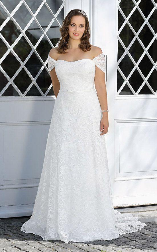 Plus Size Wedding Dress At 120 78 June Bridals We Offer Off The Shoulder