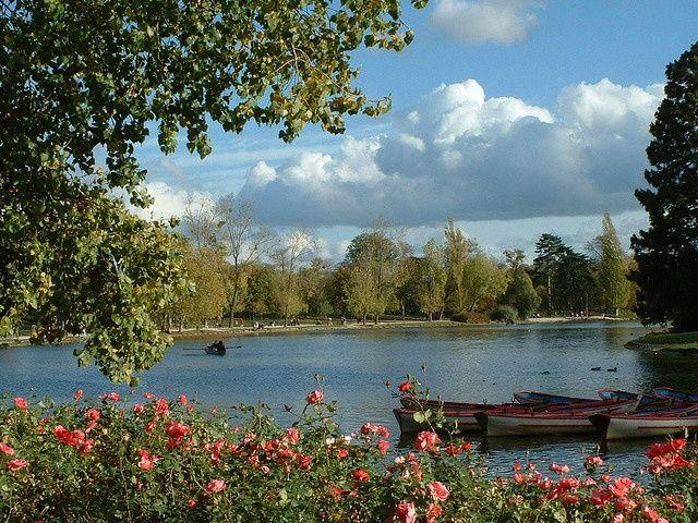 Sights Bois De Vincennes Today The Bois De Vincennes Offers