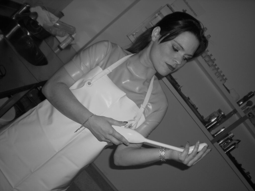 White apron doctors - Welcome To The Doctor S Office A Place Where Female Doctors And Nurses Abuse Their Patients