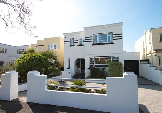 on the market foxgloves 1930s art deco property in lee on the