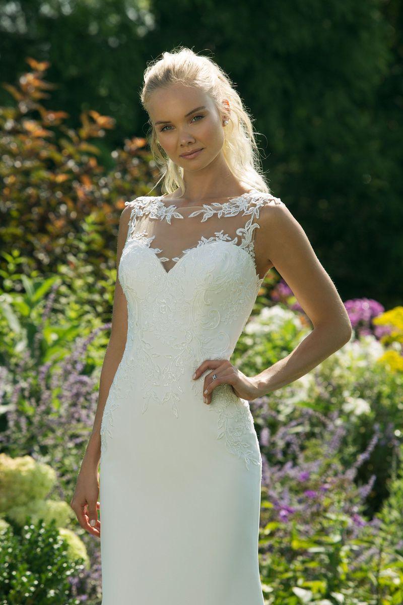 Trouwjurk Amersfoort.Trouwjurk 2019 Sweetheart 11009 Art 28635 Valkengoed Wedding